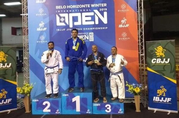 Atleta de jiu-jitsu de SJB fatura competição em BH
