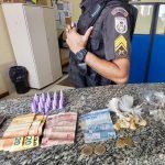 Jovem detido com maconha e cocaína em SJB