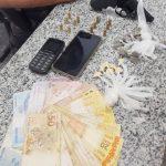 Homens presos com revólver, munições e droga em SFI
