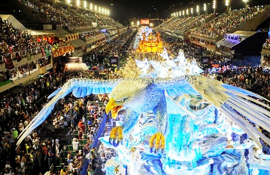 No Rio, escolas de samba do grupo especial podem desfilar em julho
