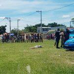 Vídeos - Homem assassinado a tiros em plena luz do dia em Campos