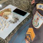 Jovem detido com drogas em SJB