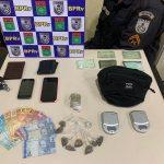 Homem preso e quatro detidos com droga em SJB