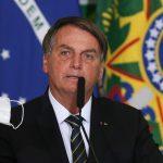 Bolsonaro é internado e passa por exames para investigar soluços