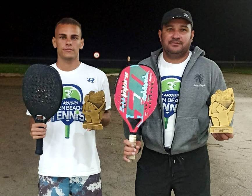 Sanjoanenses vencem campeonato de beach tennis no ES