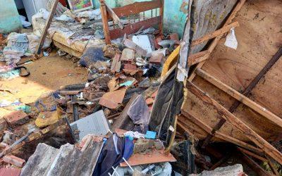 Duas casas desabaram em Campos durante forte chuva