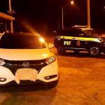PRF apreende carro roubado na BR 101 em Campos